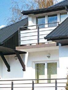 Balkon z płyt stropowych