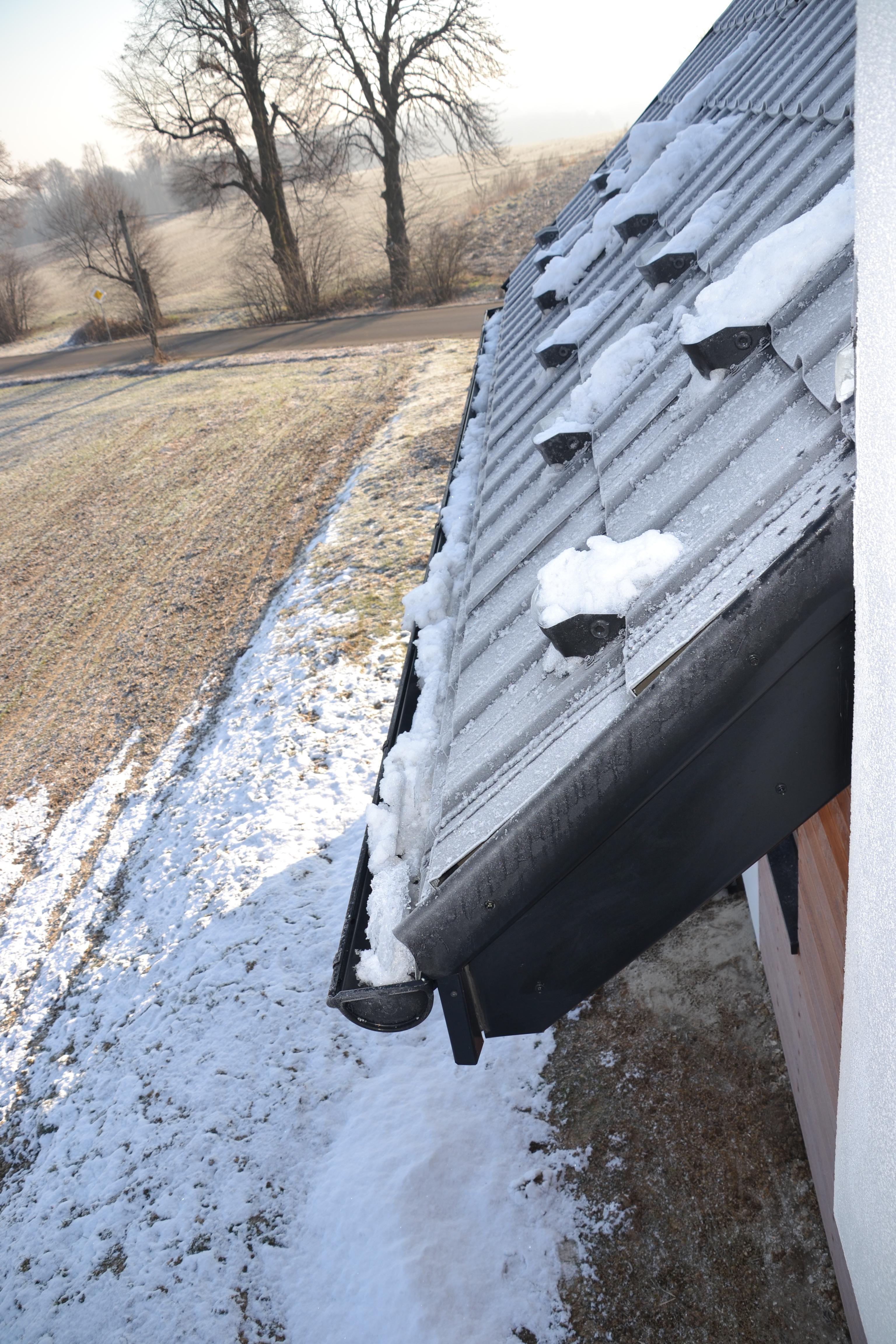 Kable grzejne - sposób na lód