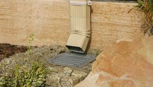 Odprowadzenie wody z dachu: rynny i rury spustowe