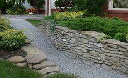Nawierzchnia z kostki granitowej. Jak ułożyć chodnik z kostki granitowej - kolejność prac