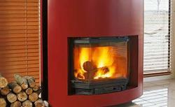 Ciepło z kominka ogrzeje wodę lub powietrze w całym domu