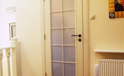 Rodzaje drzwi wewnętrznych. Drzwi zwykłe, drzwi antywłamaniowe i drzwi przeciwpożarowe