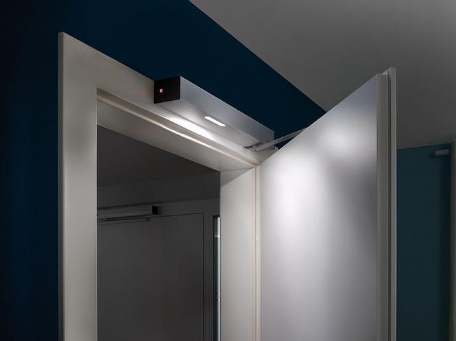 Napęd do drzwi wewnętrznych PortaMatic