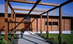 Drzwi zewnętrzne do domu energooszczędnego: materiał i konstrukcja drzwi wejściowych