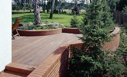 Pomysł na taras drewniany z drewna egzotycznego